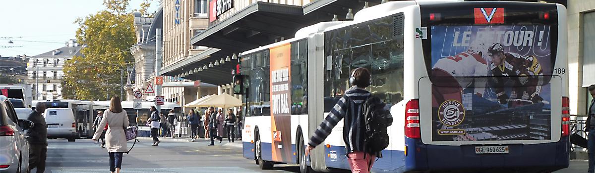 Bus advertising Geneva | full cover | rear | tram ads